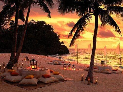 Enjoy a Romantic Dinner On The Beach
